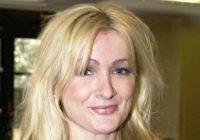 Royle Family and Mrs Merton star Caroline Aherne dies aged 52